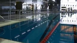 Piscine avec corridors de nage au Complexe sportif de Saint-Laurent, Montréal